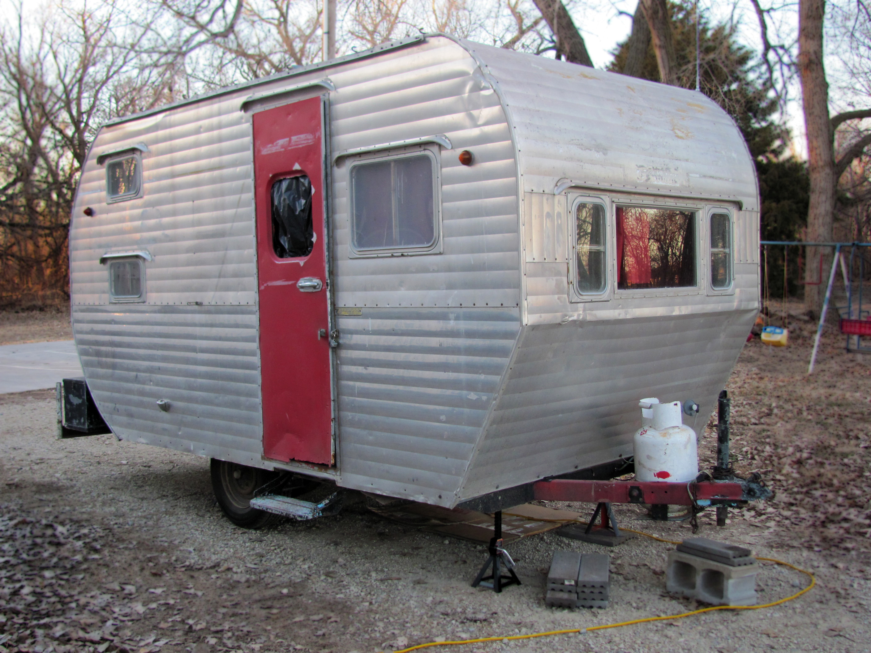 Vintage Camper - The Beginning - From Victory Road